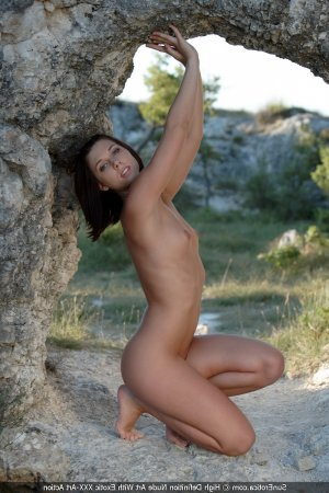 Serap live escorts in Stone, UK
